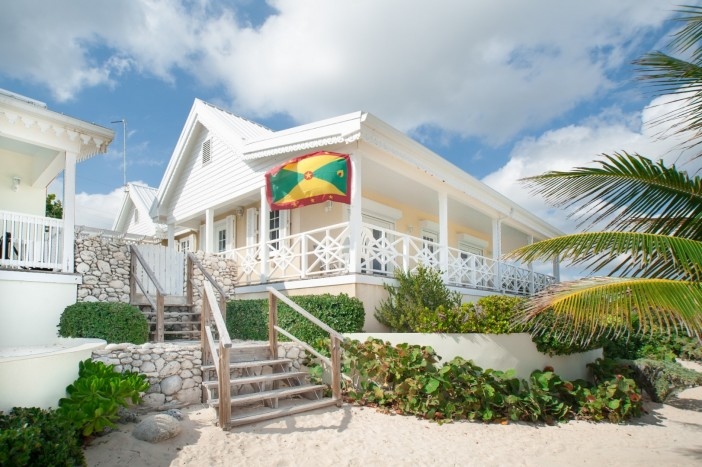 Cayman Islands Real Estate - Glory Cottage And Guest House