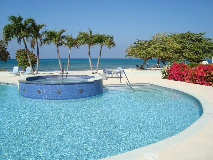 Cayman Islands Real Estate - 5 Star Hotels in Cayman